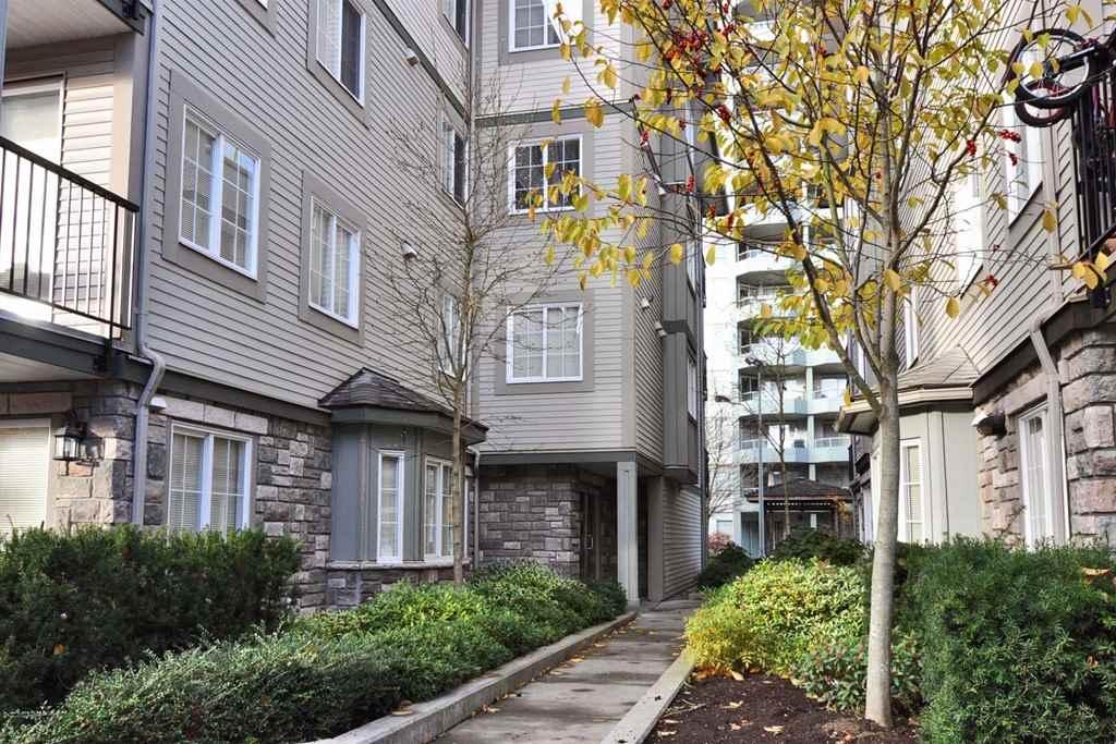 Condo Apartment at 313 14859 100 AVENUE, Unit 313, North Surrey, British Columbia. Image 16