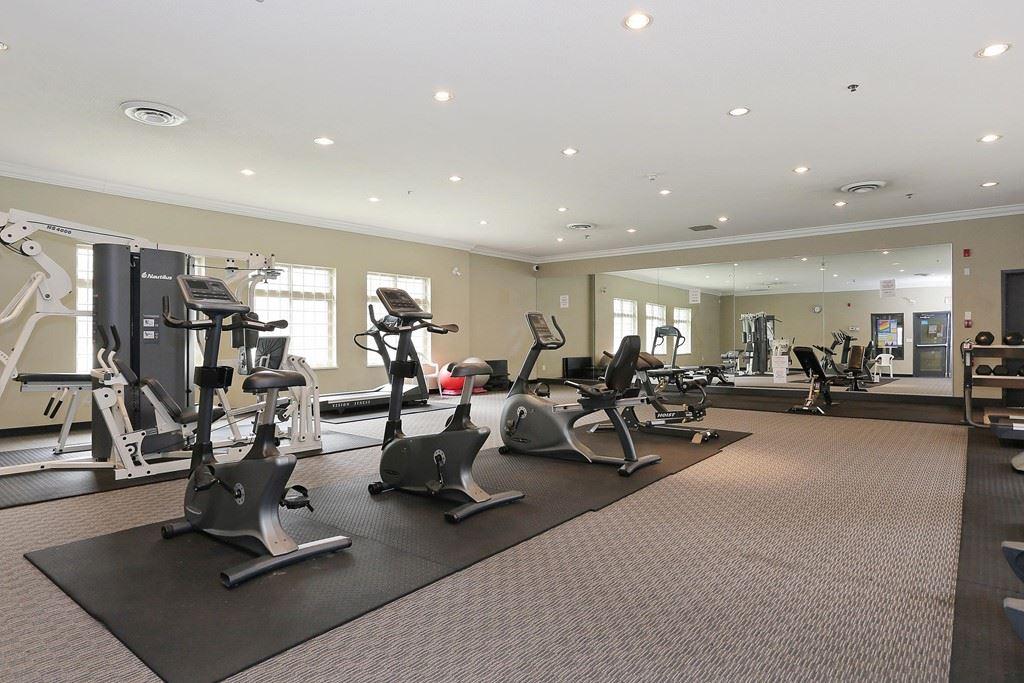 Condo Apartment at 313 14859 100 AVENUE, Unit 313, North Surrey, British Columbia. Image 18