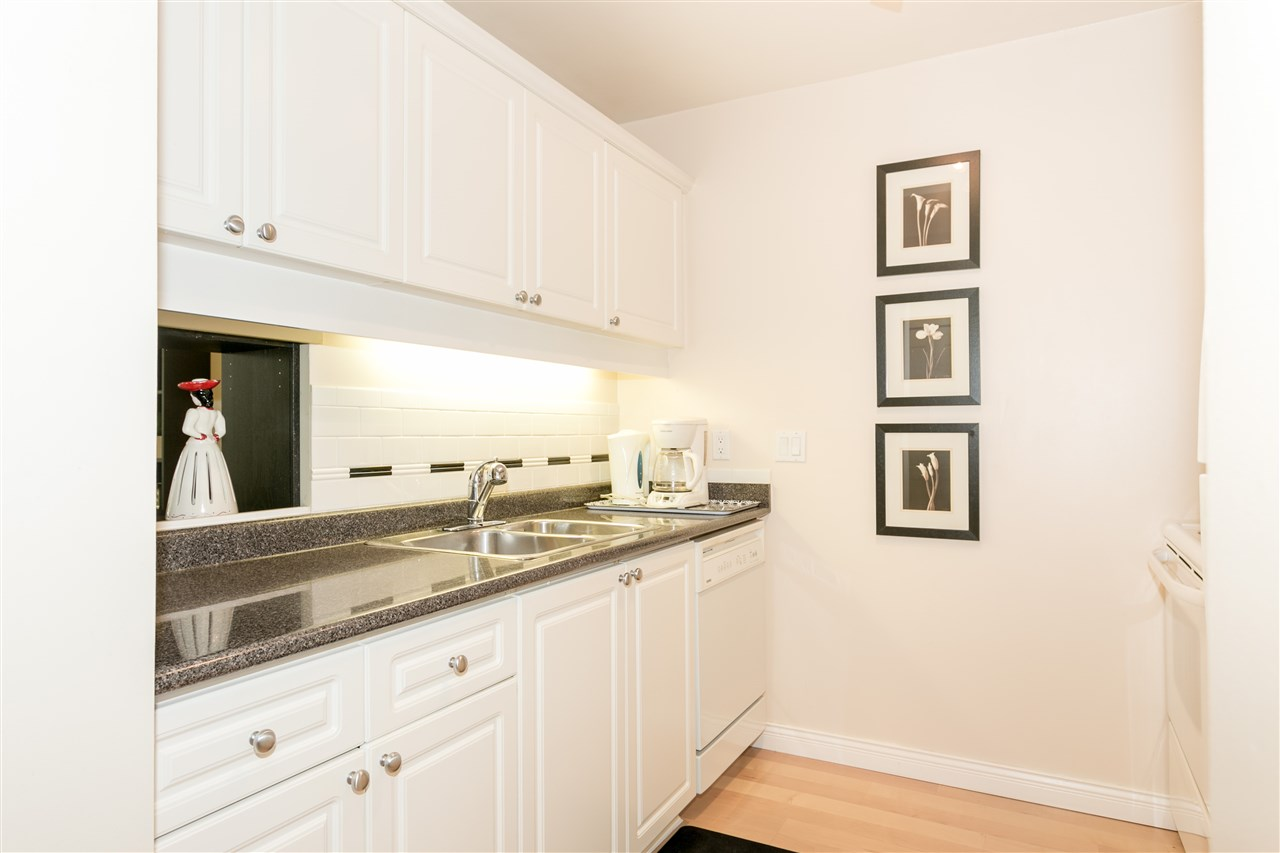 Condo Apartment at 309 3905 SPRINGTREE DRIVE, Unit 309, Vancouver West, British Columbia. Image 5