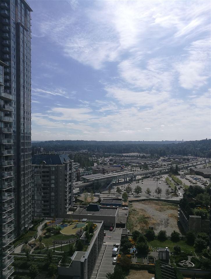 Condo Apartment at 2203 2979 GLEN DRIVE, Unit 2203, Coquitlam, British Columbia. Image 7