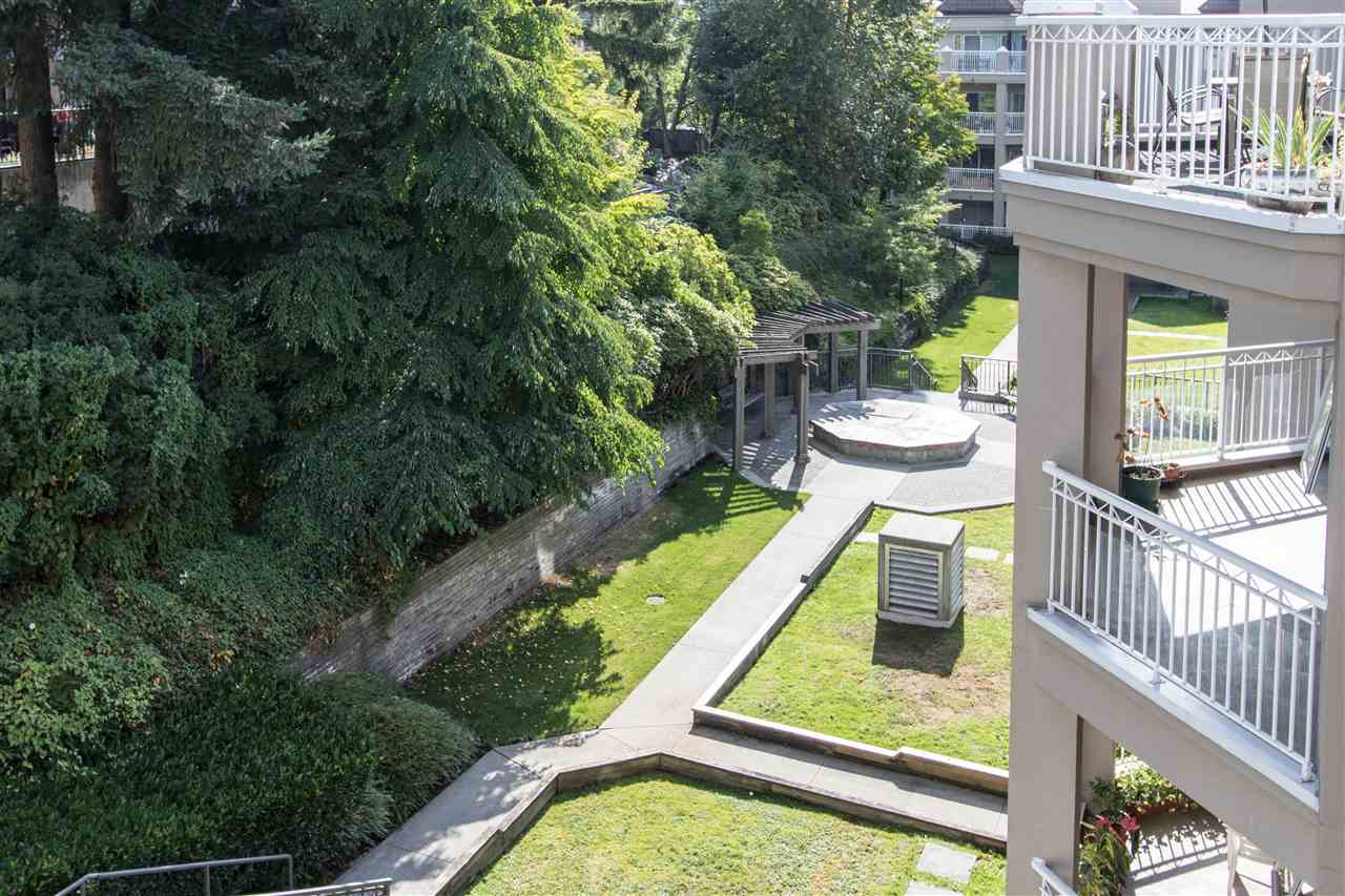 Condo Apartment at 402 1128 SIXTH AVENUE, Unit 402, New Westminster, British Columbia. Image 20