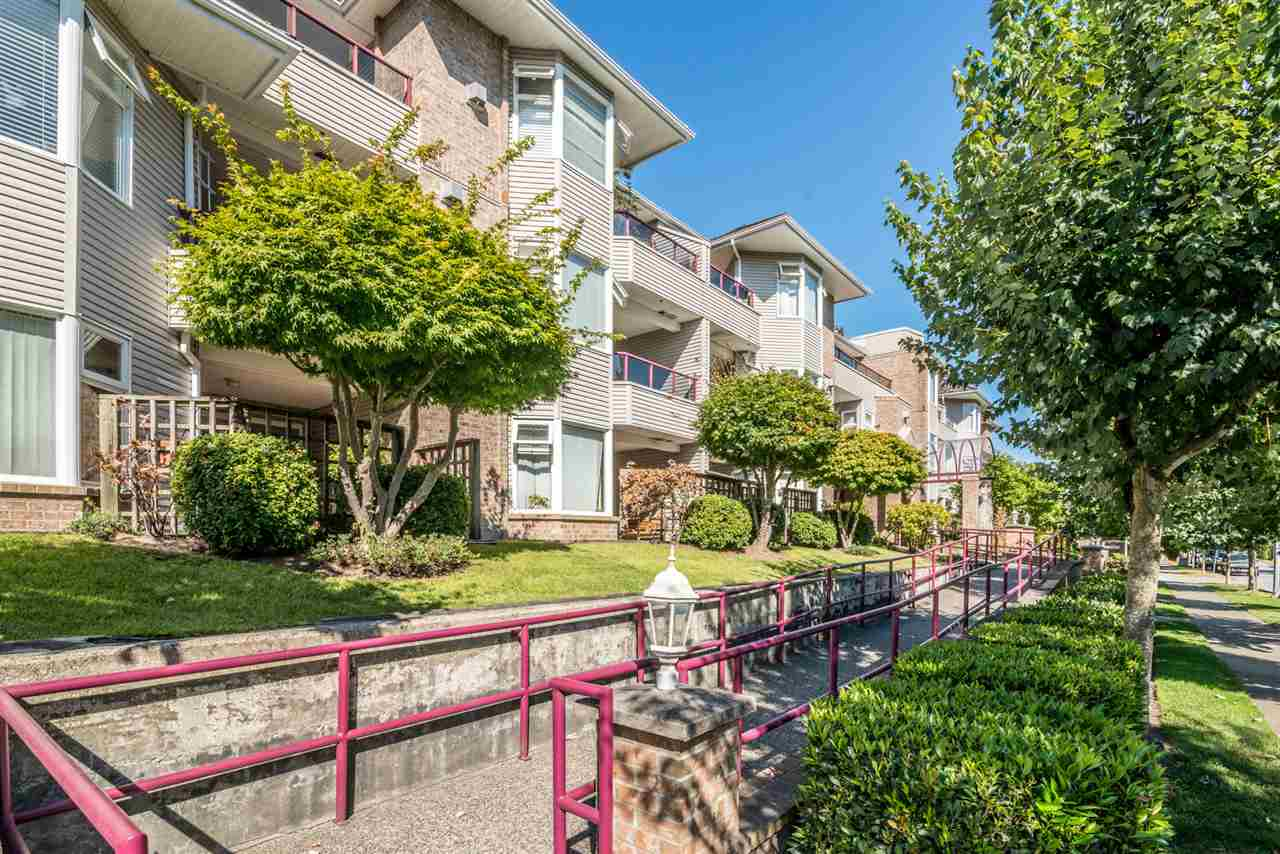 Condo Apartment at 101 1999 SUFFOLK AVENUE, Unit 101, Port Coquitlam, British Columbia. Image 2