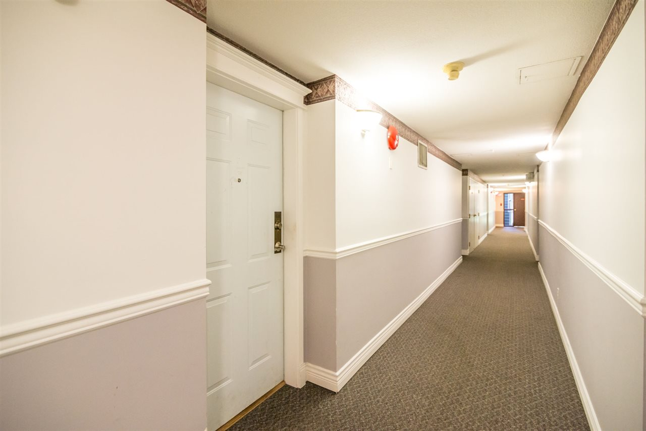 Condo Apartment at 101 1999 SUFFOLK AVENUE, Unit 101, Port Coquitlam, British Columbia. Image 5
