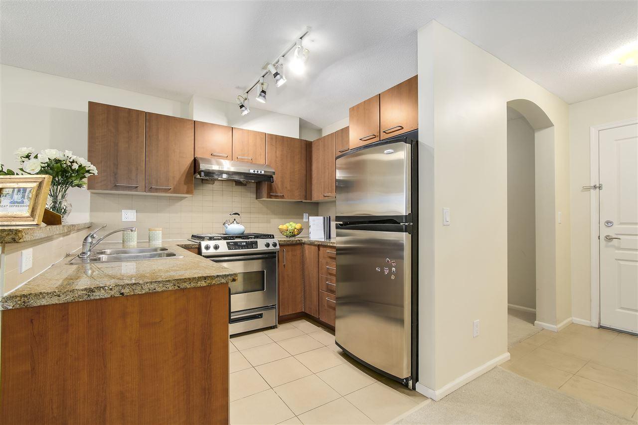 Condo Apartment at 415 9200 FERNDALE ROAD, Unit 415, Richmond, British Columbia. Image 4