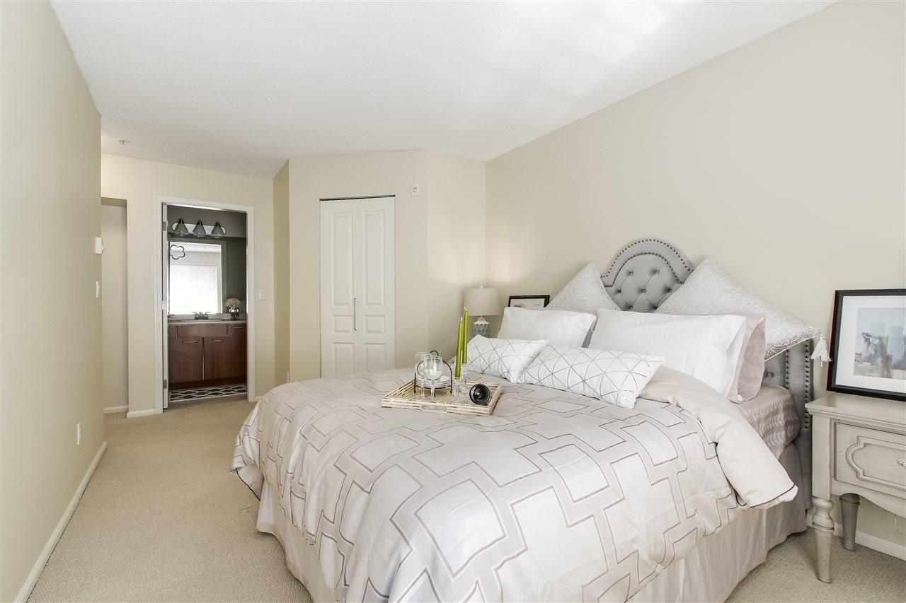 Condo Apartment at 415 9200 FERNDALE ROAD, Unit 415, Richmond, British Columbia. Image 8