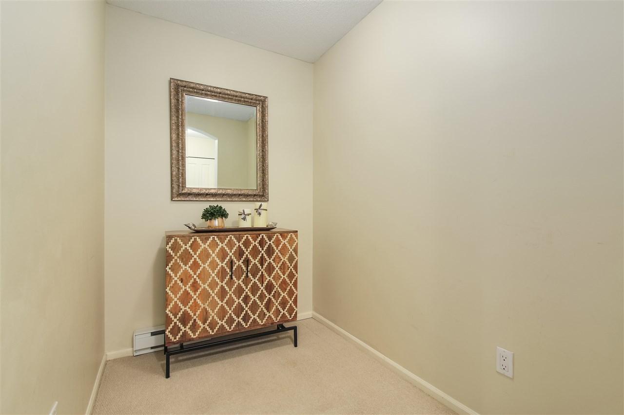 Condo Apartment at 415 9200 FERNDALE ROAD, Unit 415, Richmond, British Columbia. Image 11