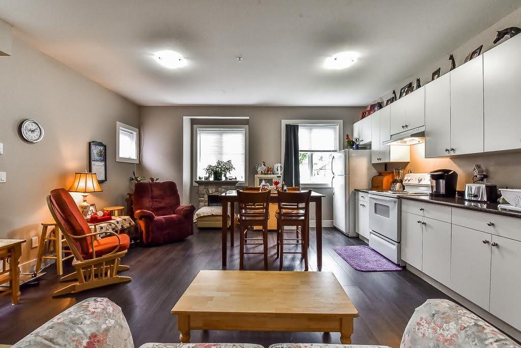 Half-duplex at 1 9235 HAZEL STREET, Unit 1, Chilliwack, British Columbia. Image 19