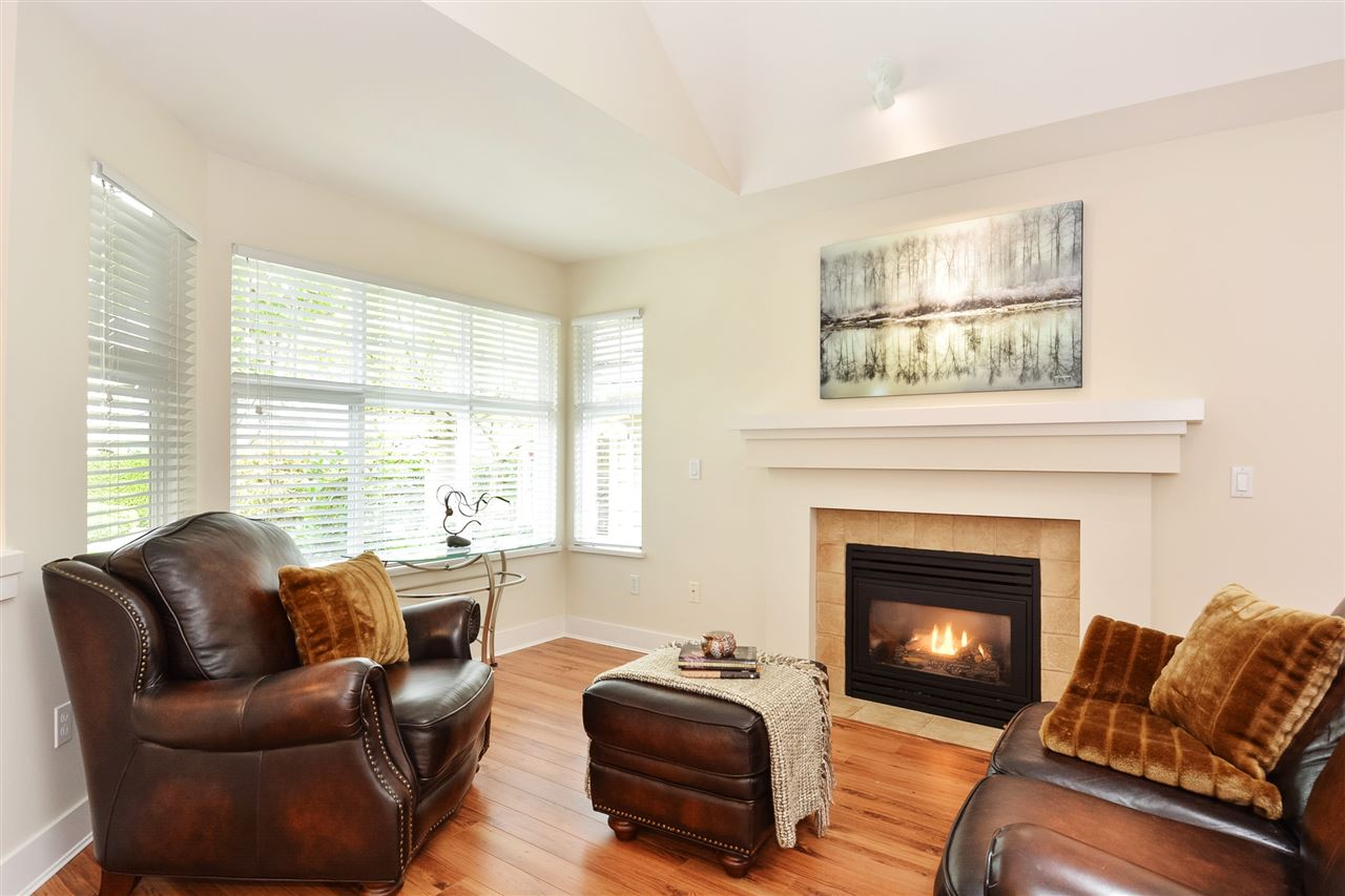 Townhouse at 99 15500 ROSEMARY HEIGHTS CRESCENT, Unit 99, South Surrey White Rock, British Columbia. Image 2