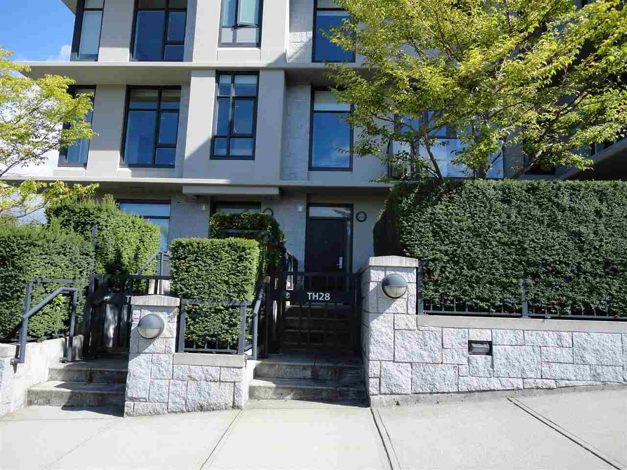 Townhouse at TH28 6093 IONA DRIVE, Unit TH28, Vancouver West, British Columbia. Image 4