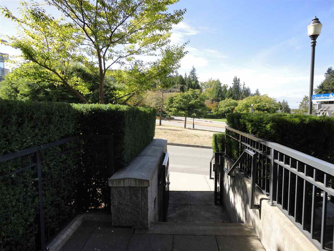 Townhouse at TH28 6093 IONA DRIVE, Unit TH28, Vancouver West, British Columbia. Image 20