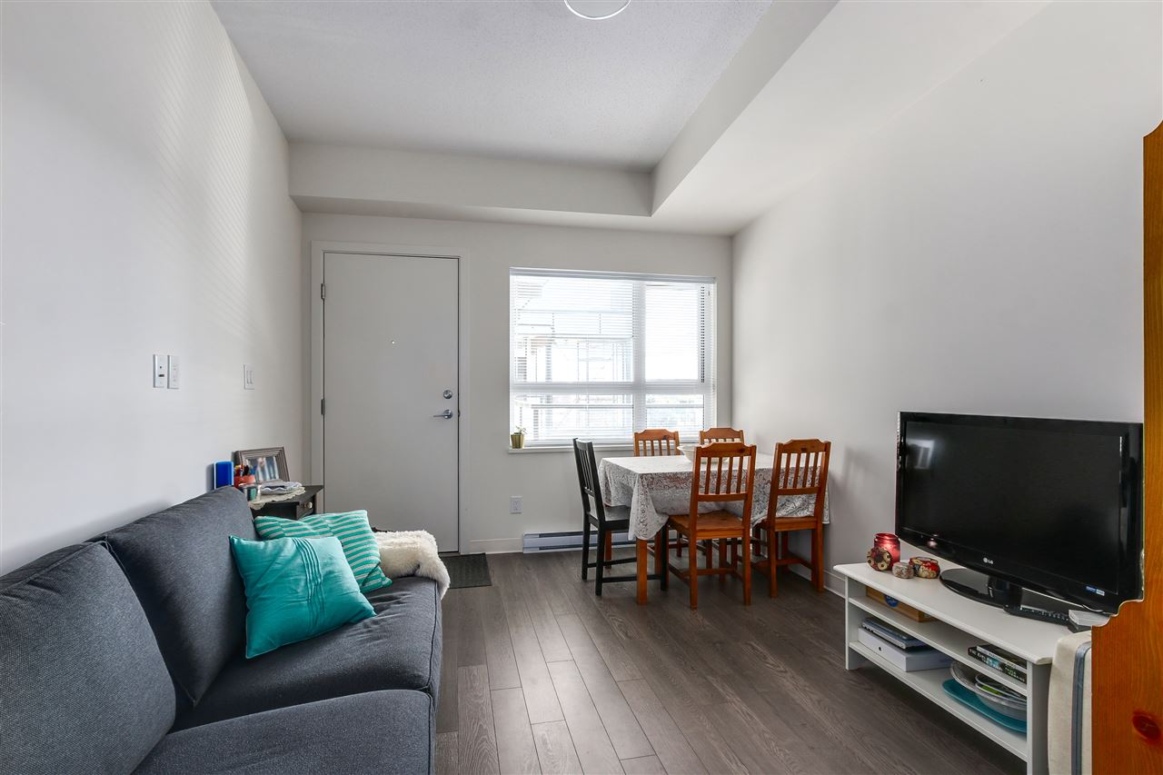 Condo Apartment at 605 138 E HASTINGS STREET, Unit 605, Vancouver East, British Columbia. Image 1