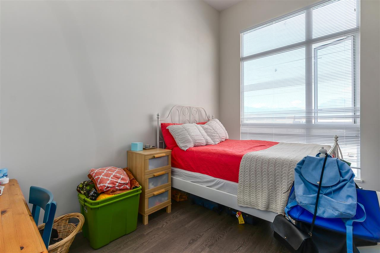 Condo Apartment at 605 138 E HASTINGS STREET, Unit 605, Vancouver East, British Columbia. Image 5