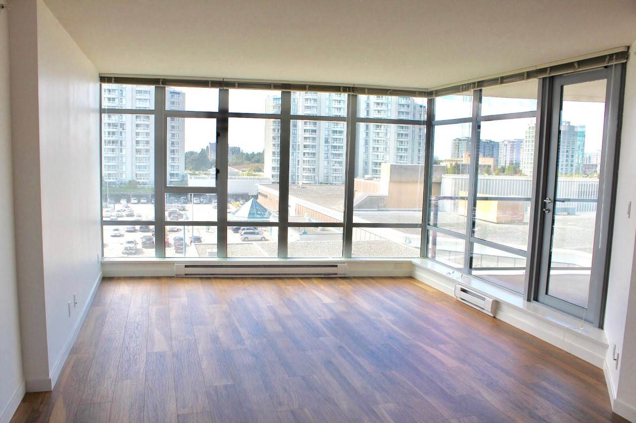 Condo Apartment at 907 7888 SABA ROAD, Unit 907, Richmond, British Columbia. Image 3