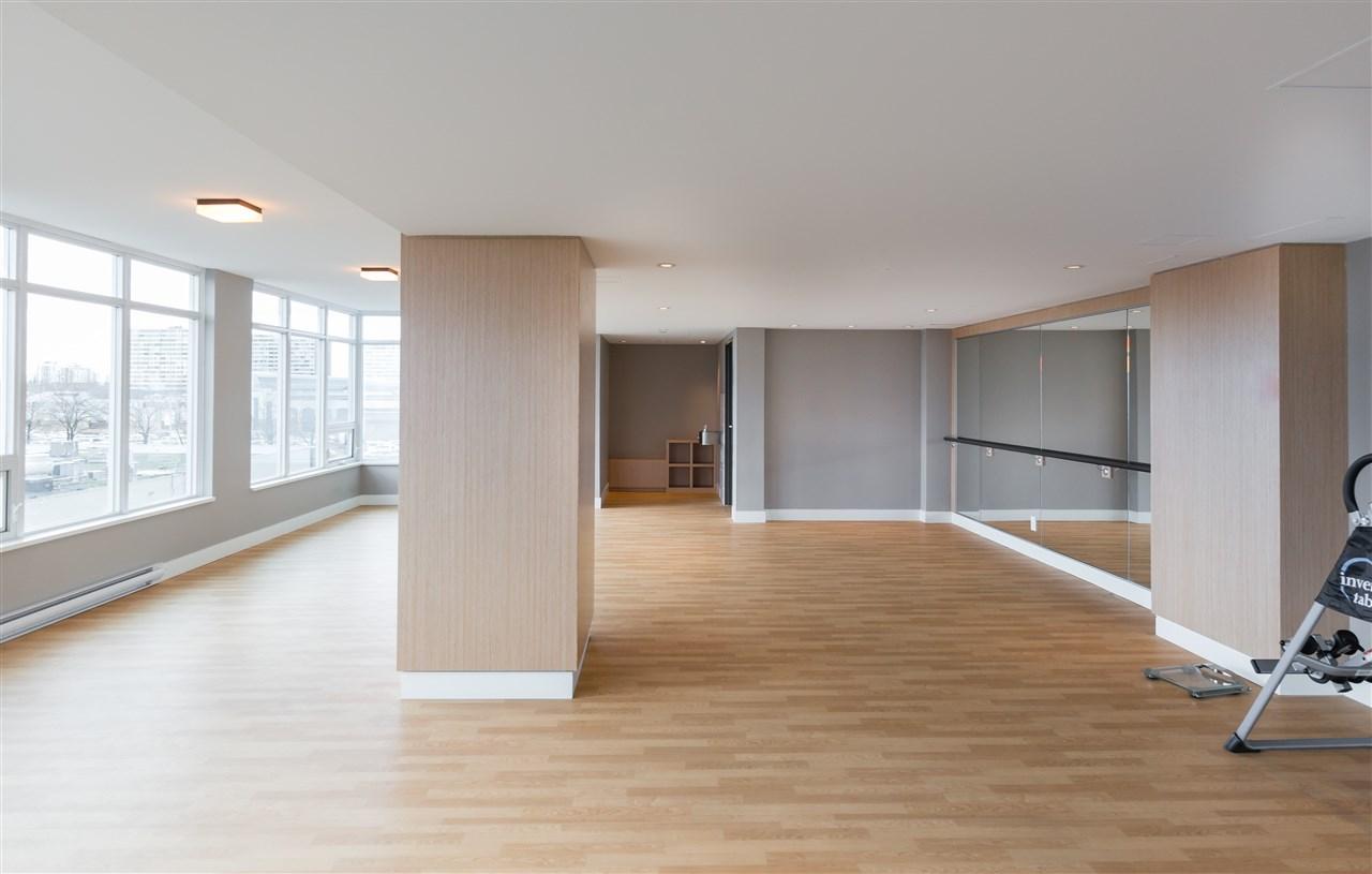 Condo Apartment at 661 6288 NO. 3 ROAD, Unit 661, Richmond, British Columbia. Image 11