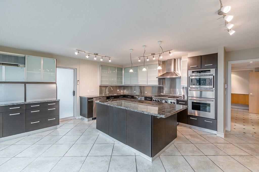 Condo Apartment at 1401 1238 SEYMOUR STREET, Unit 1401, Vancouver West, British Columbia. Image 4