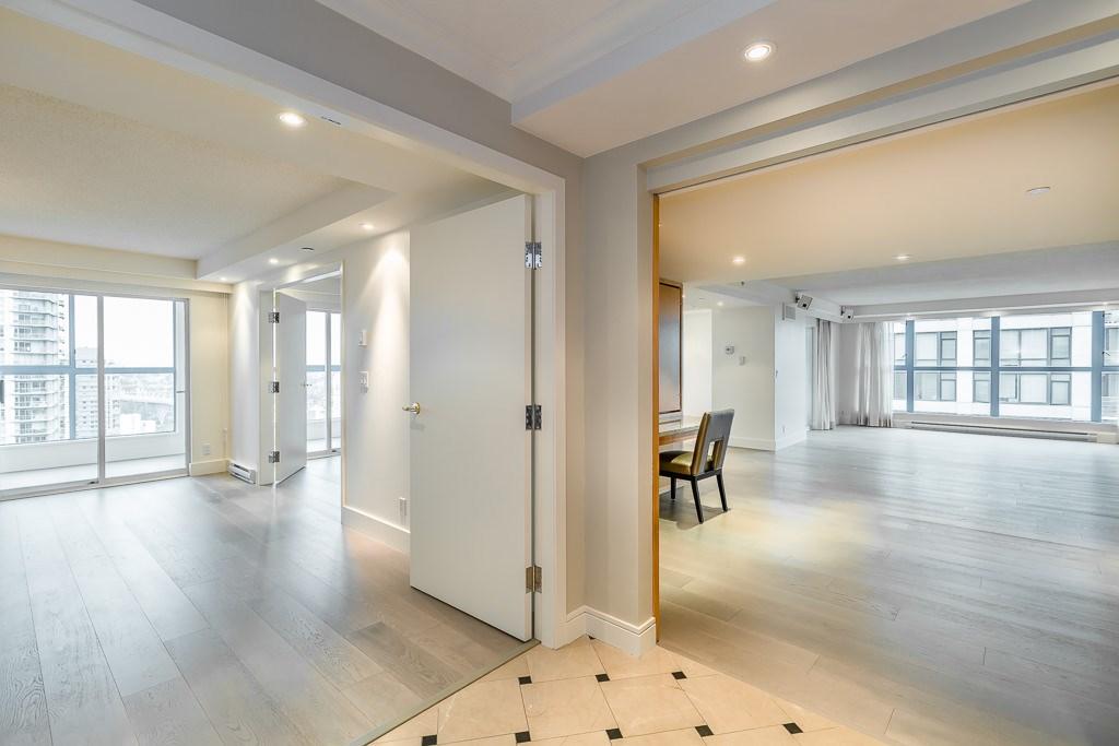 Condo Apartment at 1401 1238 SEYMOUR STREET, Unit 1401, Vancouver West, British Columbia. Image 6