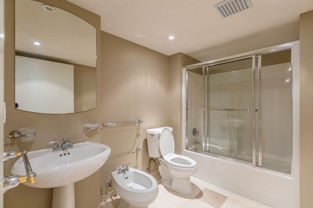 Condo Apartment at 1401 1238 SEYMOUR STREET, Unit 1401, Vancouver West, British Columbia. Image 16