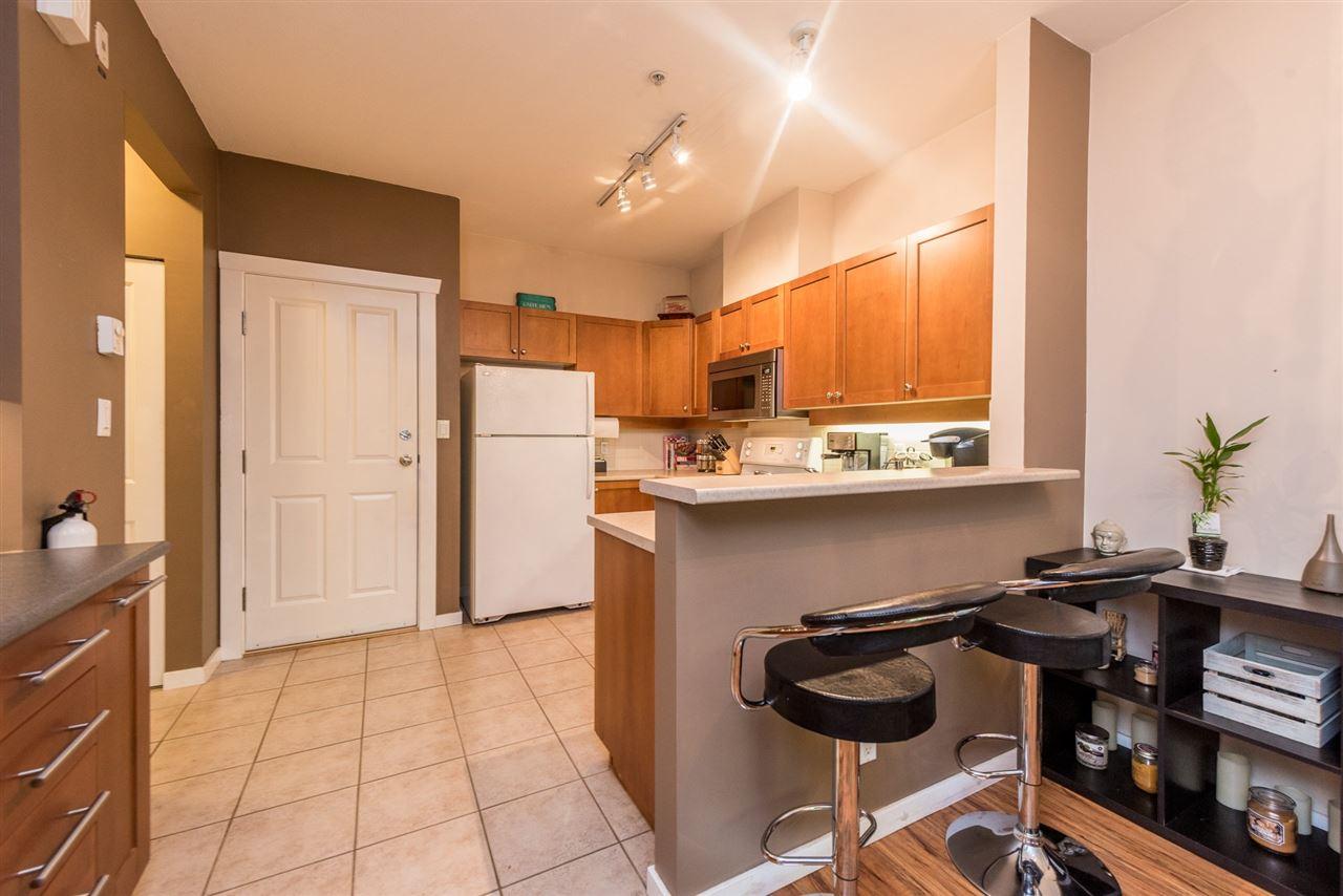 Condo Apartment at 133 15 SIXTH AVENUE, Unit 133, New Westminster, British Columbia. Image 7
