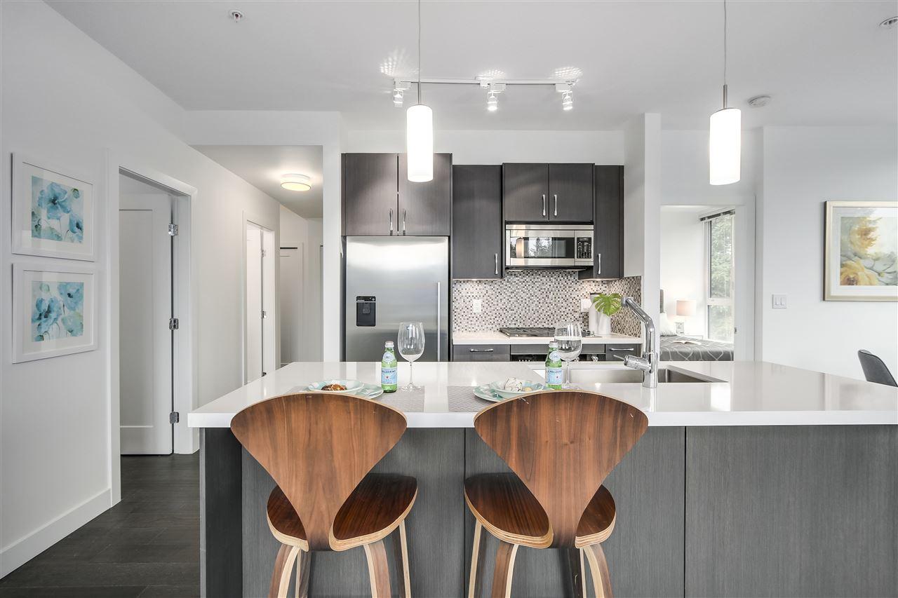 Condo Apartment at 302 5325 WEST BOULEVARD, Unit 302, Vancouver West, British Columbia. Image 6