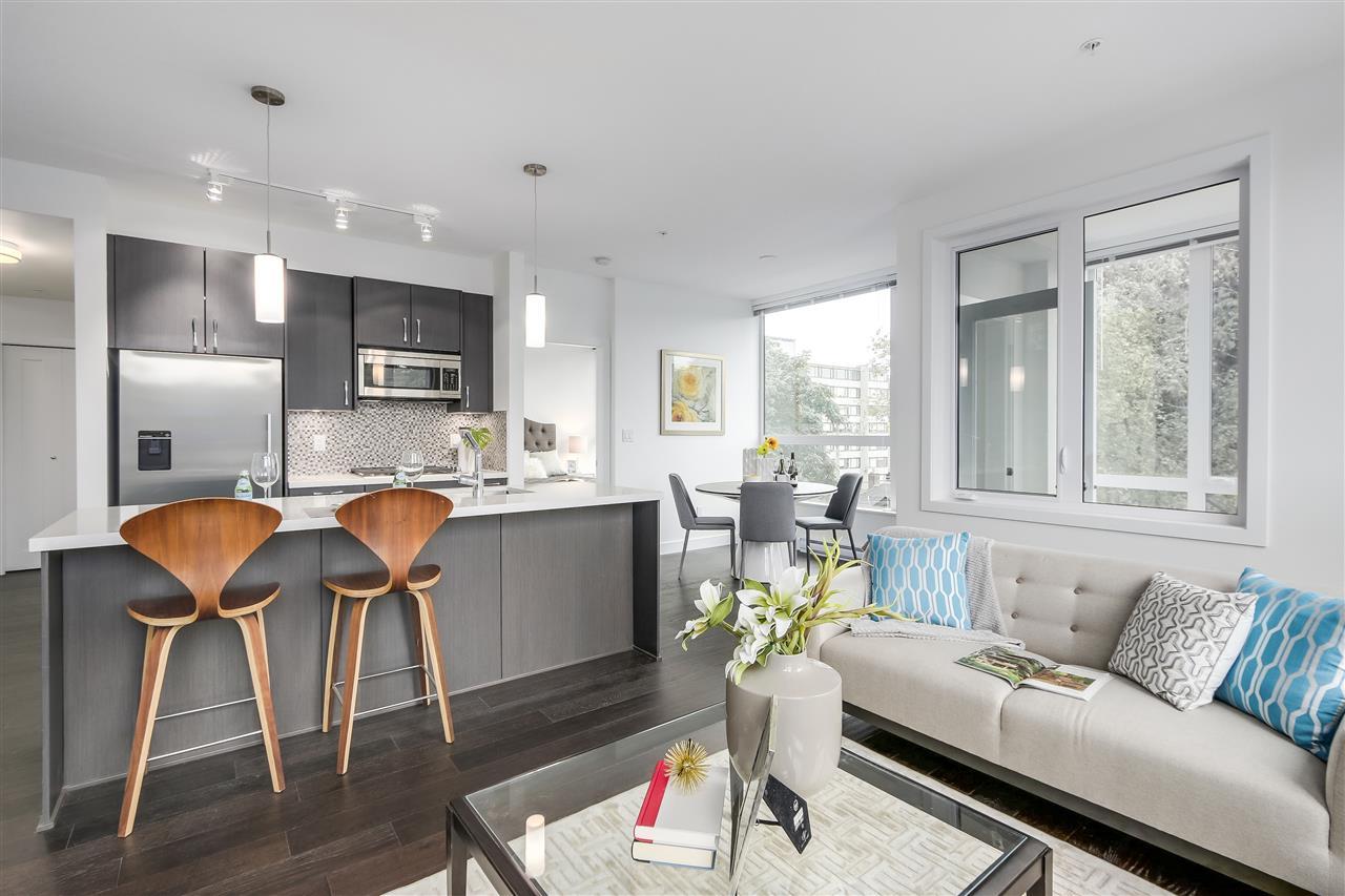 Condo Apartment at 302 5325 WEST BOULEVARD, Unit 302, Vancouver West, British Columbia. Image 7