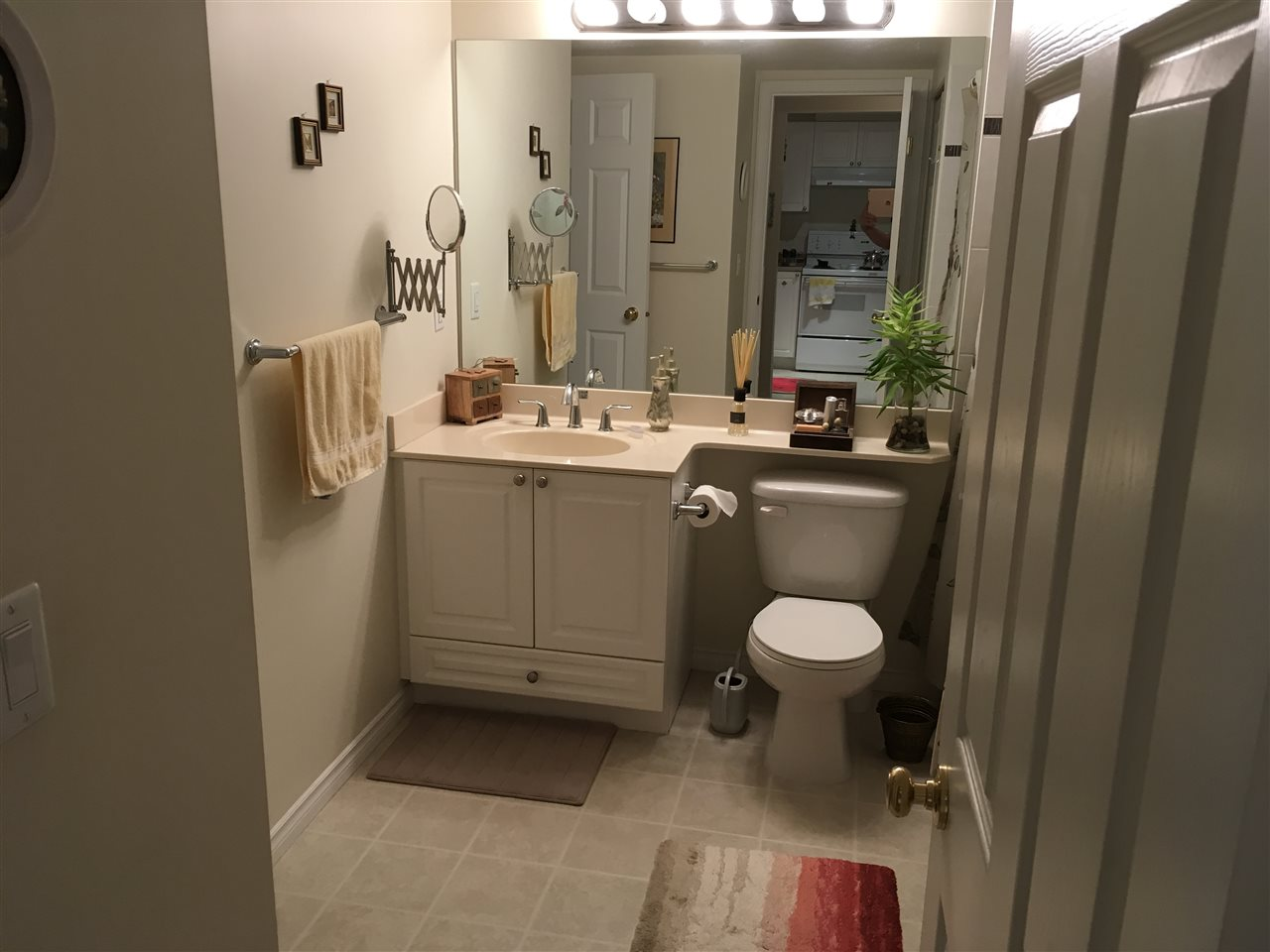 Condo Apartment at 329 2980 PRINCESS CRESCENT, Unit 329, Coquitlam, British Columbia. Image 5