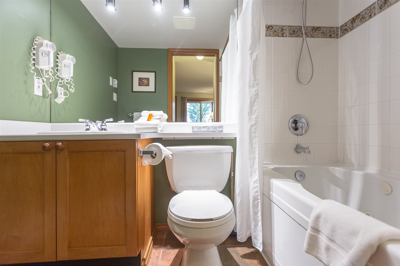 Townhouse at 33 4388 NORTHLANDS BOULEVARD, Unit 33, Whistler, British Columbia. Image 10