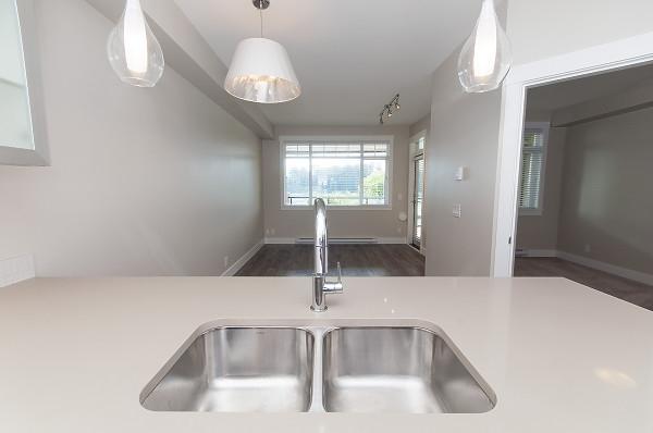 Condo Apartment at 103 22327 RIVER ROAD, Unit 103, Maple Ridge, British Columbia. Image 11