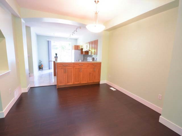 Townhouse at 40 8415 CUMBERLAND PLACE, Unit 40, Burnaby East, British Columbia. Image 7