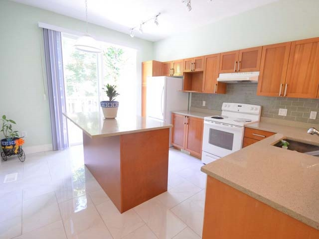 Townhouse at 40 8415 CUMBERLAND PLACE, Unit 40, Burnaby East, British Columbia. Image 9