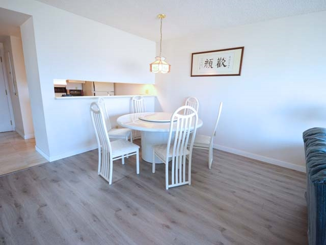 Condo Apartment at 903 8081 WESTMINSTER HIGHWAY, Unit 903, Richmond, British Columbia. Image 8