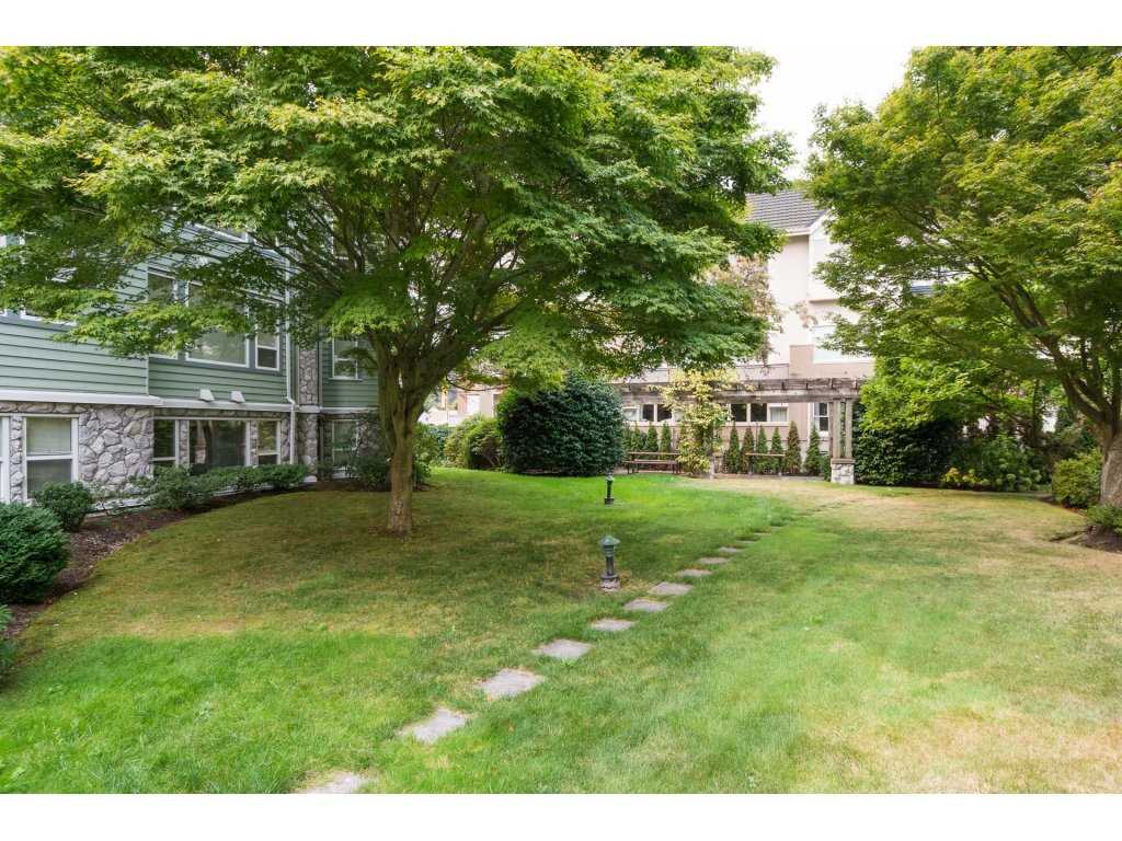 Condo Apartment at 409 15555 16TH AVENUE, Unit 409, South Surrey White Rock, British Columbia. Image 20