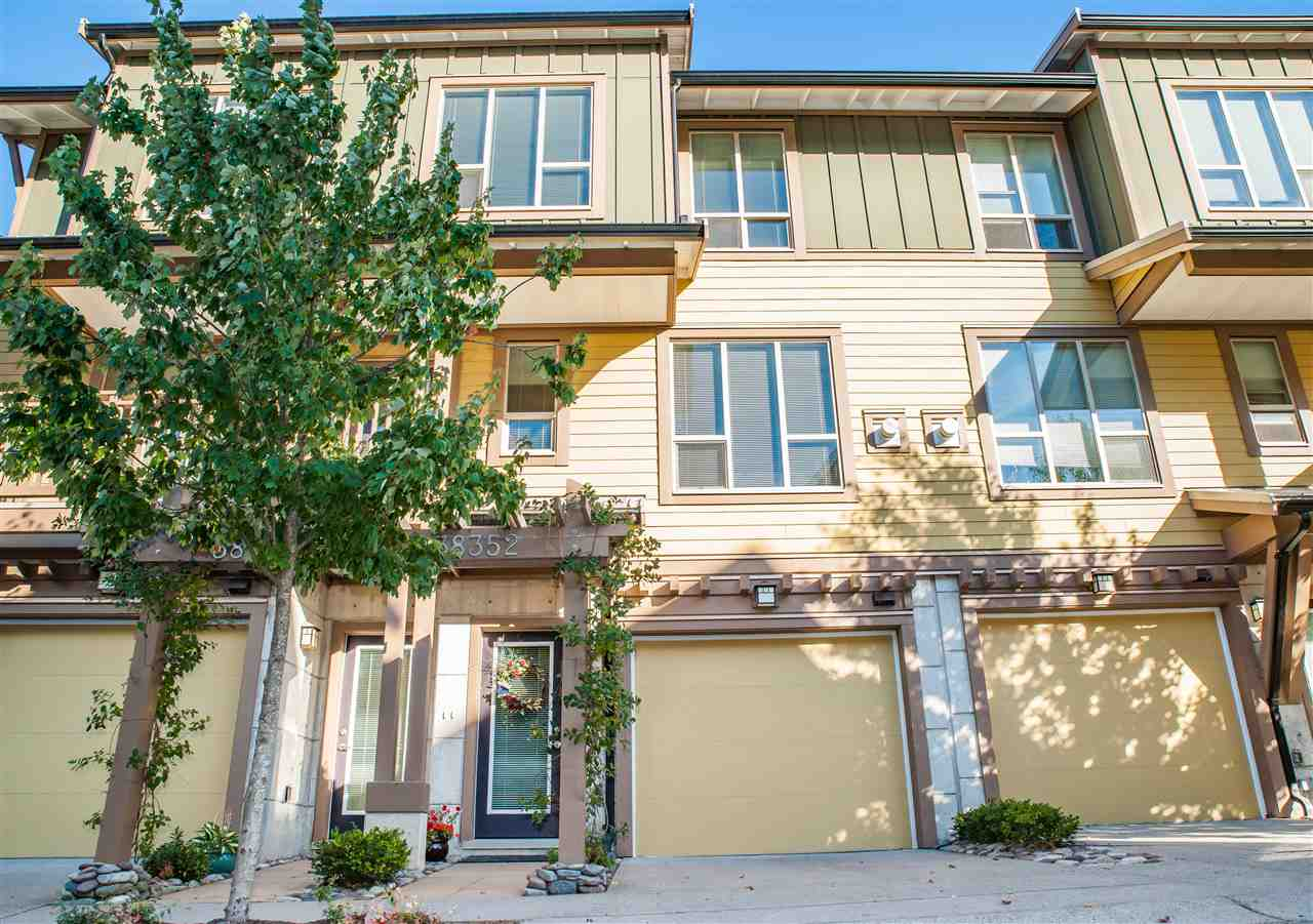 Townhouse at 38352 EAGLEWIND BOULEVARD, Squamish, British Columbia. Image 13