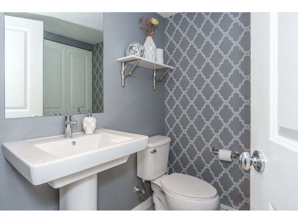 Townhouse at 63 8438 207A STREET, Unit 63, Langley, British Columbia. Image 18