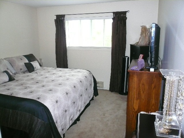 Townhouse at 30 6467 197 STREET, Unit 30, Langley, British Columbia. Image 11