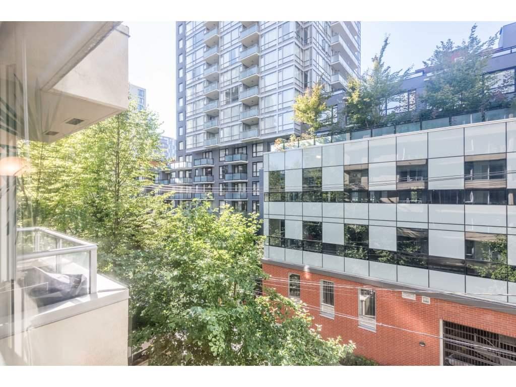 Condo Apartment at 410 1001 RICHARDS STREET, Unit 410, Vancouver West, British Columbia. Image 2