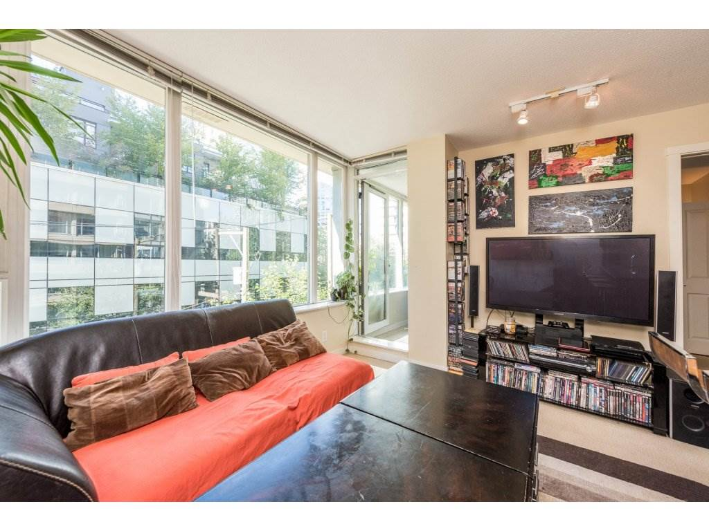 Condo Apartment at 410 1001 RICHARDS STREET, Unit 410, Vancouver West, British Columbia. Image 8