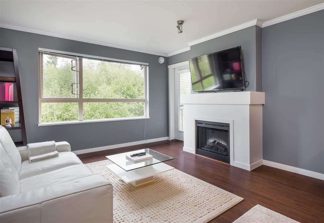 Condo Apartment at 419 700 KLAHANIE DRIVE, Unit 419, Port Moody, British Columbia. Image 4