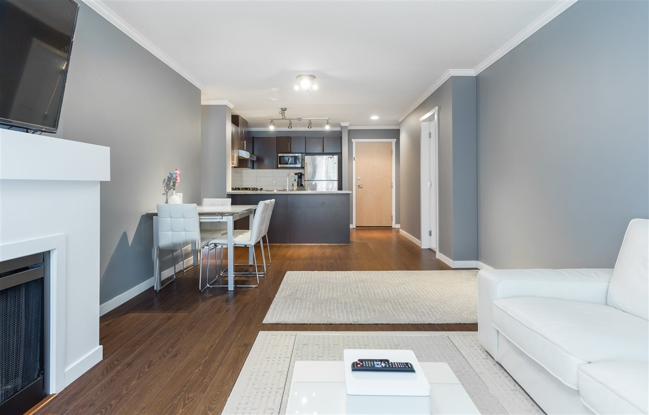 Condo Apartment at 419 700 KLAHANIE DRIVE, Unit 419, Port Moody, British Columbia. Image 7