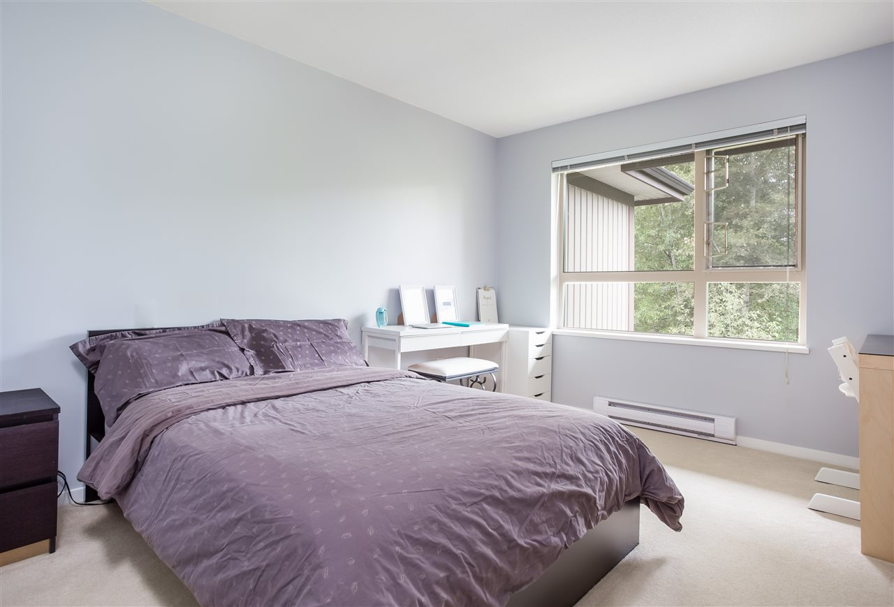 Condo Apartment at 419 700 KLAHANIE DRIVE, Unit 419, Port Moody, British Columbia. Image 9
