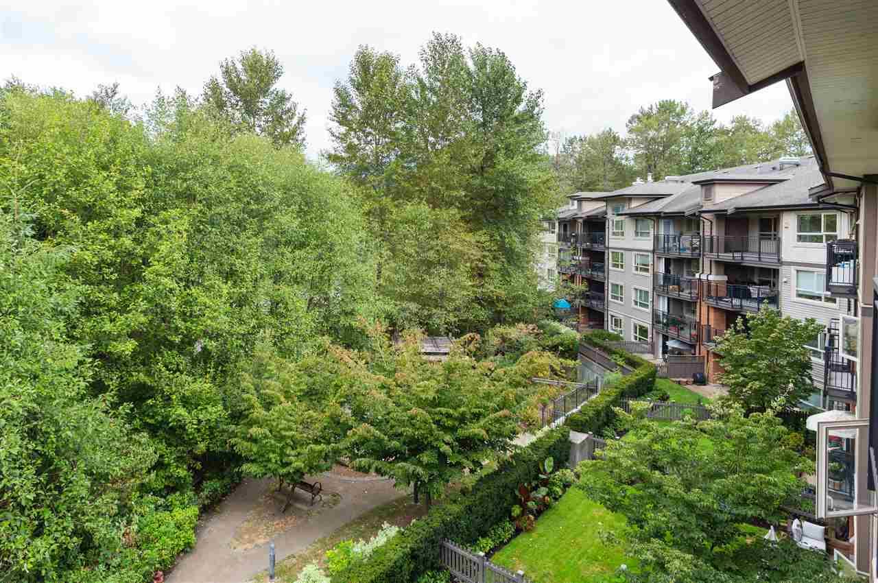 Condo Apartment at 419 700 KLAHANIE DRIVE, Unit 419, Port Moody, British Columbia. Image 13