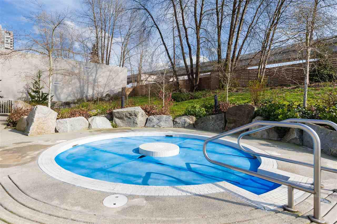 Condo Apartment at 419 700 KLAHANIE DRIVE, Unit 419, Port Moody, British Columbia. Image 19