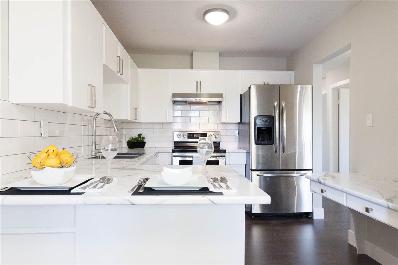 Condo Apartment at 310 2414 CHURCH STREET, Unit 310, Abbotsford, British Columbia. Image 2