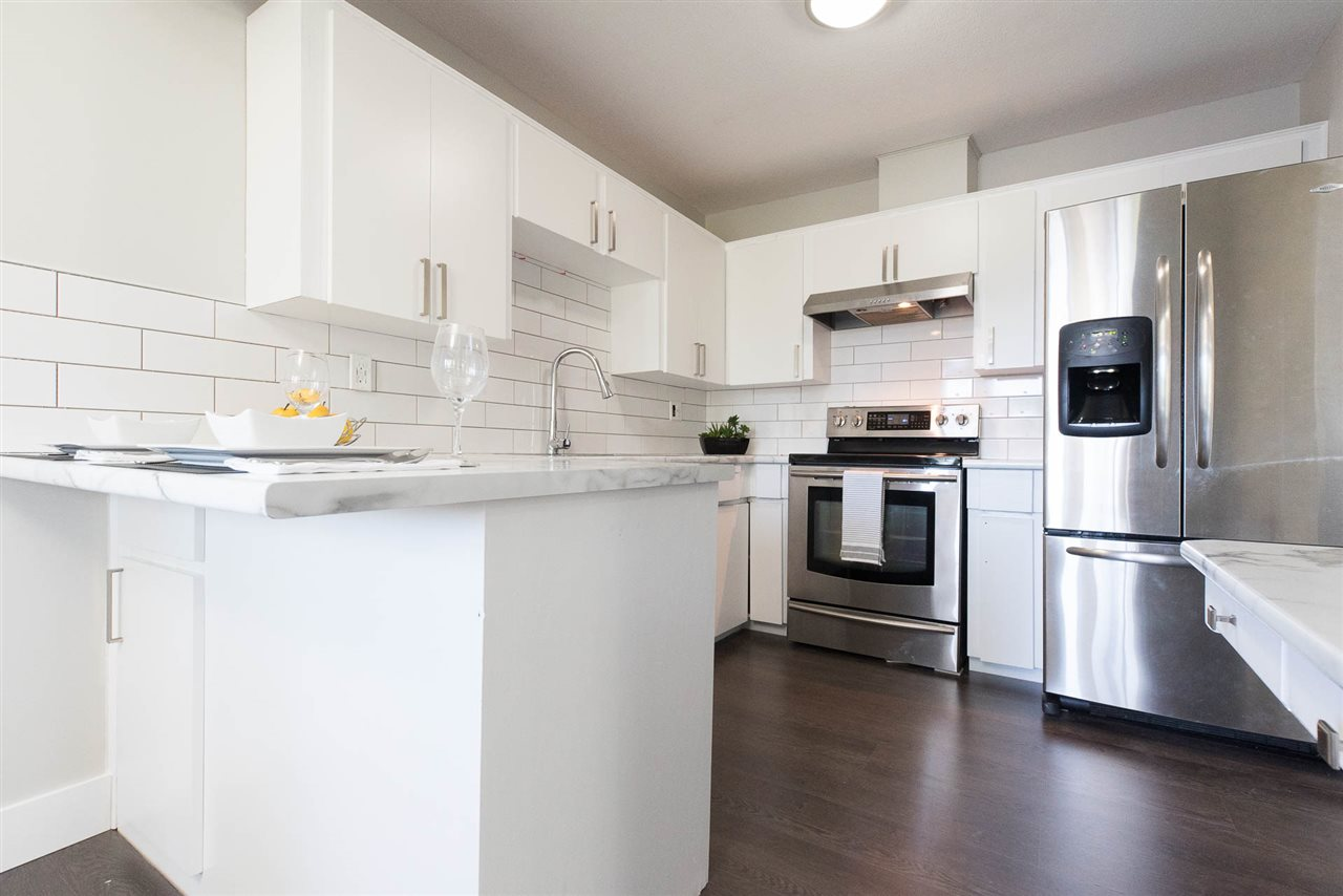 Condo Apartment at 310 2414 CHURCH STREET, Unit 310, Abbotsford, British Columbia. Image 4