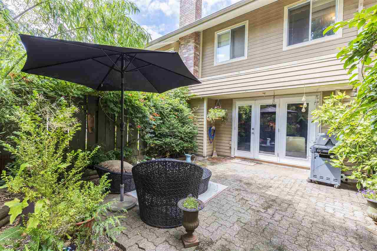 Townhouse at 4631 HOSKINS ROAD, North Vancouver, British Columbia. Image 16