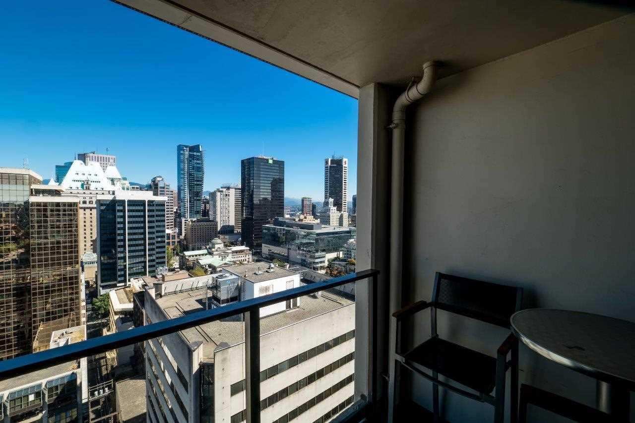 Condo Apartment at 2313 938 SMITHE STREET, Unit 2313, Vancouver West, British Columbia. Image 8
