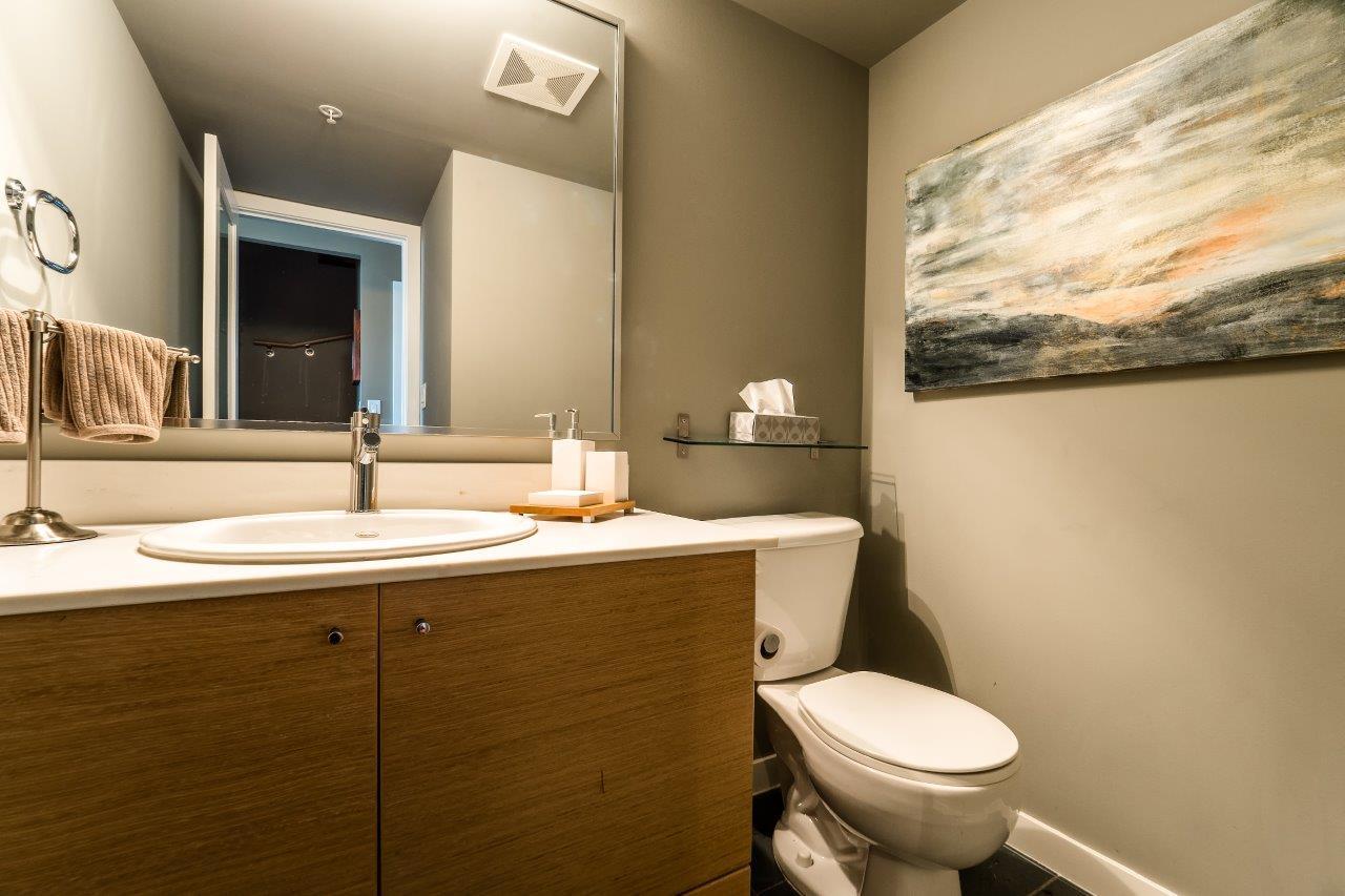 Condo Apartment at 2313 938 SMITHE STREET, Unit 2313, Vancouver West, British Columbia. Image 9