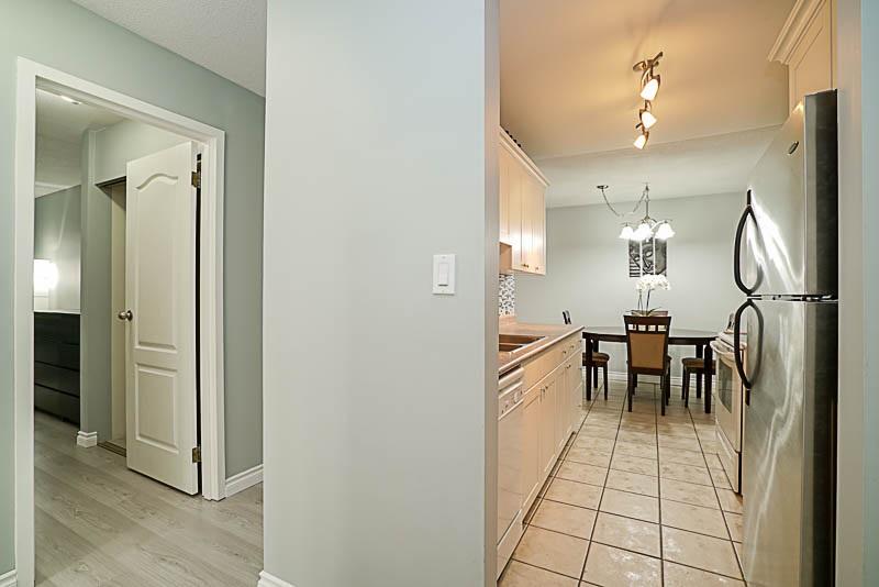 Condo Apartment at 115 13501 96 AVENUE, Unit 115, North Surrey, British Columbia. Image 16