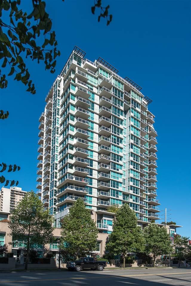 Condo Apartment at 604 188 E ESPLANADE, Unit 604, North Vancouver, British Columbia. Image 1