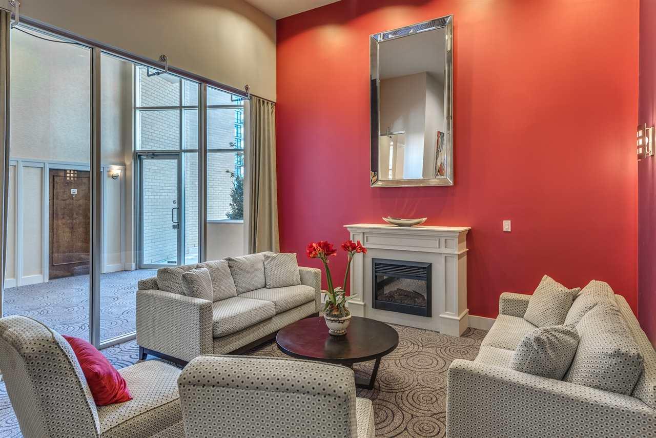Condo Apartment at 604 188 E ESPLANADE, Unit 604, North Vancouver, British Columbia. Image 16