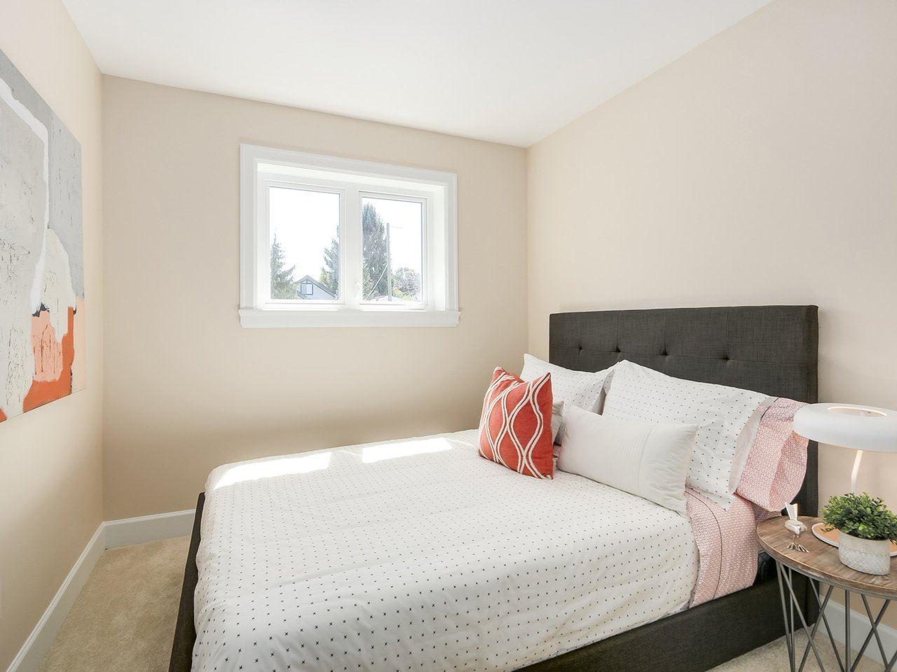 Half-duplex at 3131 VICTORIA DRIVE, Vancouver East, British Columbia. Image 13